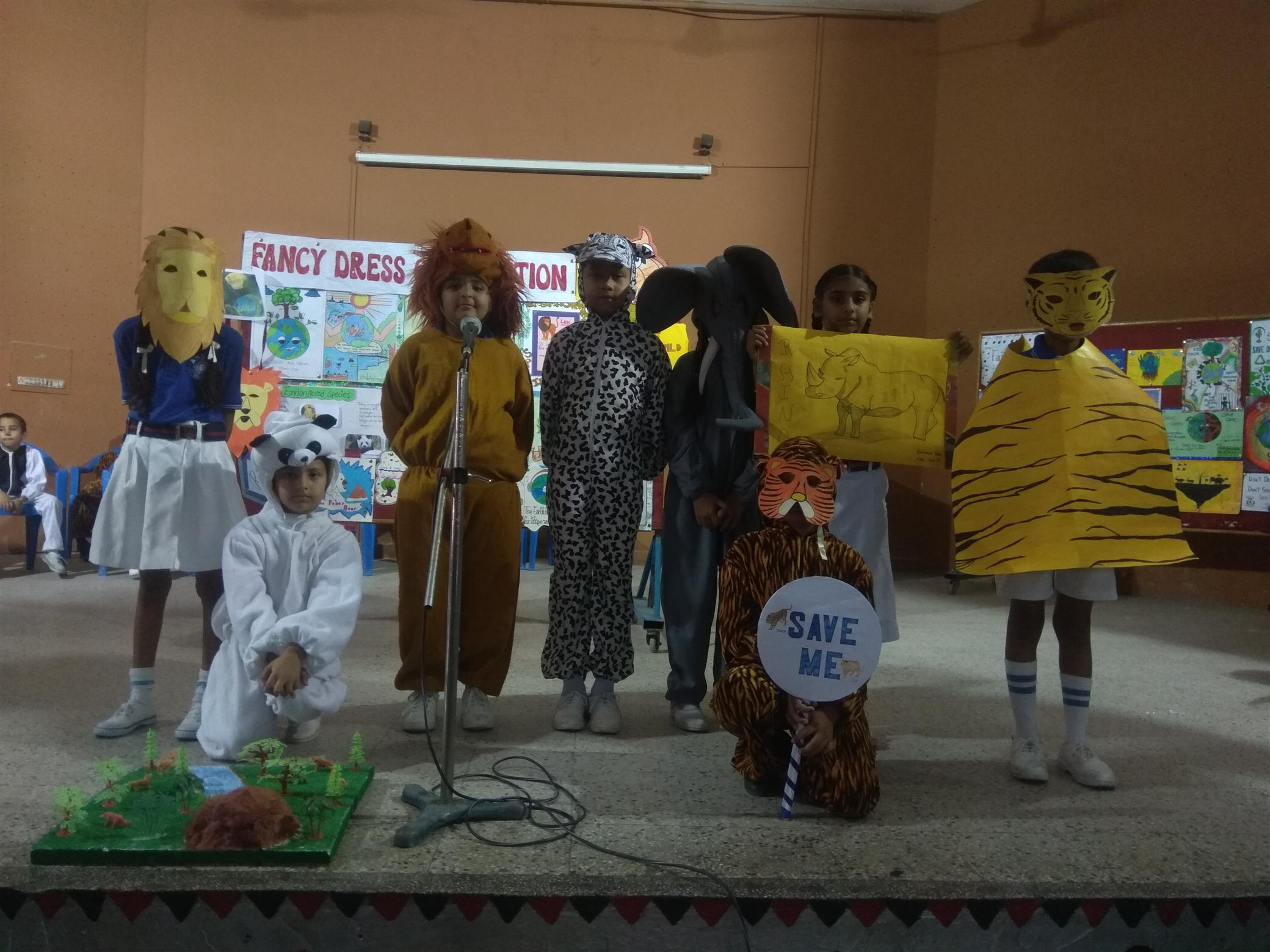 FANCY DRESS COMPETITION OF CLASSES 1 TO 3 | AKSIPS 41 Chandigarh