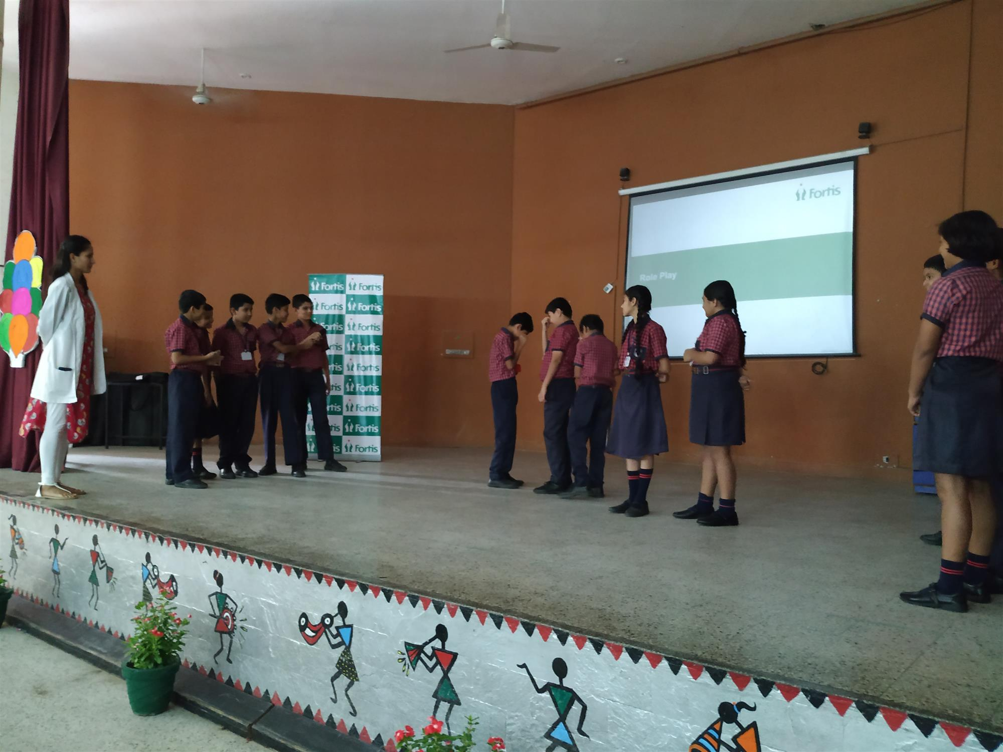 "AKSIPS 41 organised a session on ""Bully to Buddy Programme"" for the students of Class 6th. The Resource Person Ms. Tanvi (Counselling Psychologist) from Fortis Hospital addressed the audience and talked about bullying. The students actively participated in a Role Play Activity. Students were encouraged to take the help from the school authority such as teachers, counsellor and the Principal if they find anyone who bullies others. Students came up with great ideas to prevent bullying at school. I 