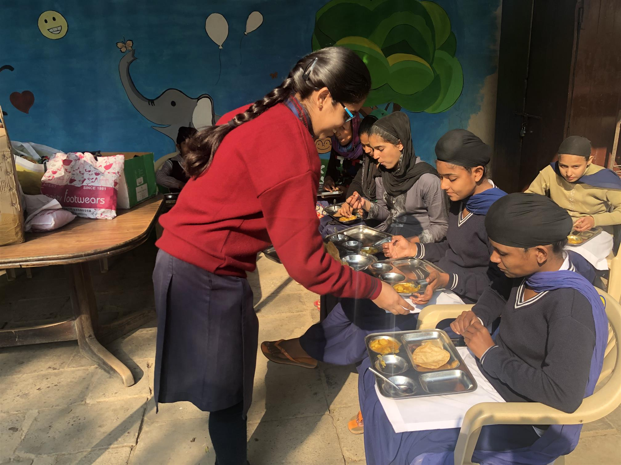 Members of Interact Club of AKSIPS 41 Smart School visited Gurasra | AKSIPS 41 Chandigarh